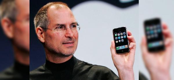 L'iPhone compie 10 anni: il 29 giugno 2007 esordiva lo smartphone che ha cambiato il mondo
