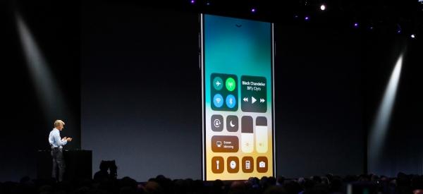 Dalla tastiera ridimensionabile alle password condivise, sei novità di iOS 11